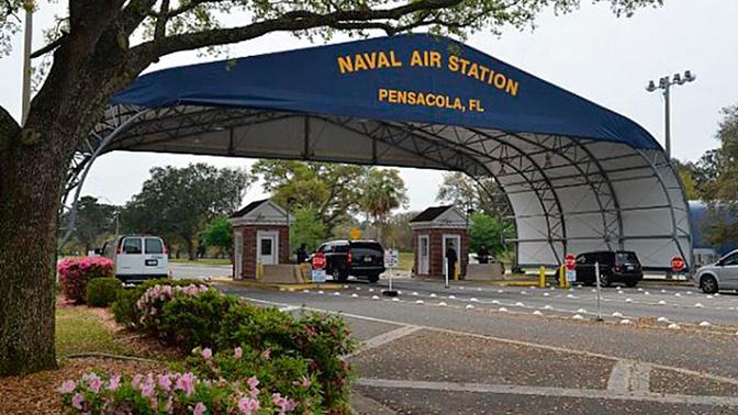 Стрельбу на базе ВМС во Флориде открыл служащий ВВС Саудовской Аравии