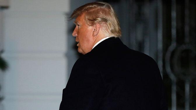В комитете конгресса США обвинили Трампа в нарушении президентской присяги