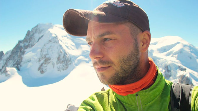 Известный сноубордист задохнулся в сугробе на курорте Шерегеш