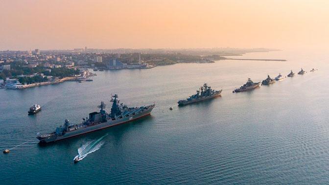«Достойно демонстрируем Андреевский флаг»: главком ВМФ подвел итоги года