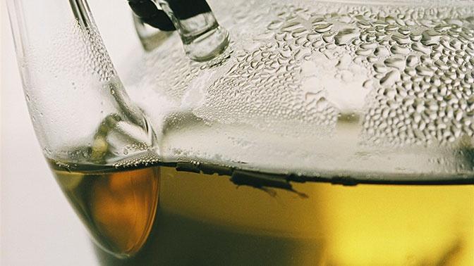 Молочного улуна не существует: эксперт развеял мифы о чае