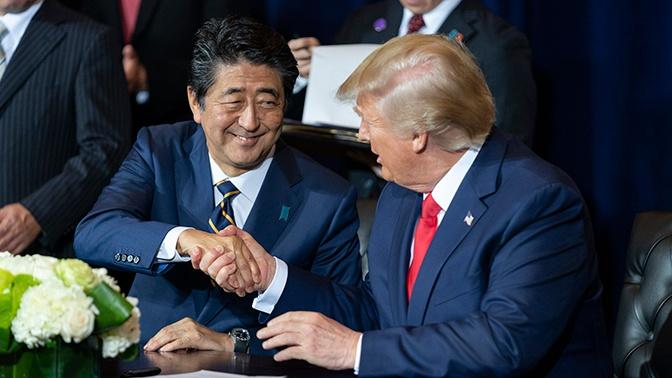 Абэ провел телефонные переговоры с Трампом