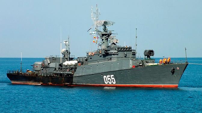 Противолодочный корабль ЧФ обнаружил «вражескую» подлодку в Черном море