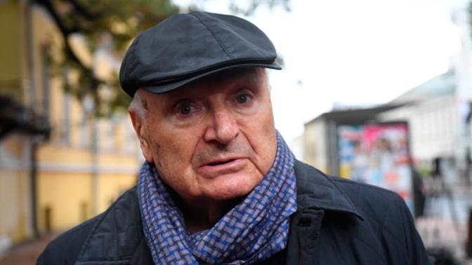 Представитель Жванецкого прокомментировал слухи о болезни артиста