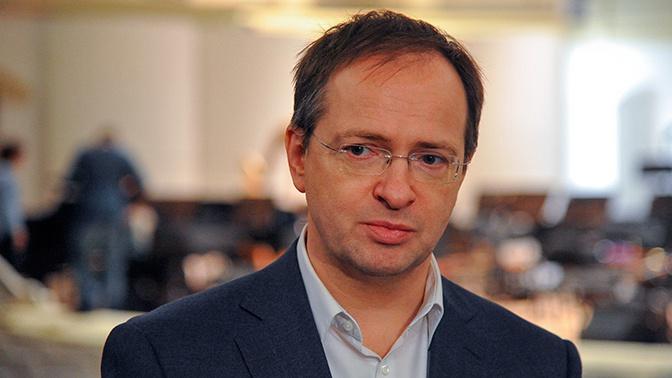 Мединский ответил на обвинения Варшавы в адрес России о вывозе предметов искусства
