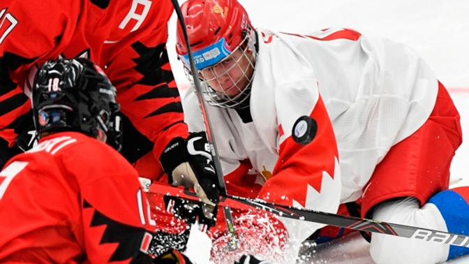 Сборная России по хоккею разгромила канадцев на юношеской Олимпиаде