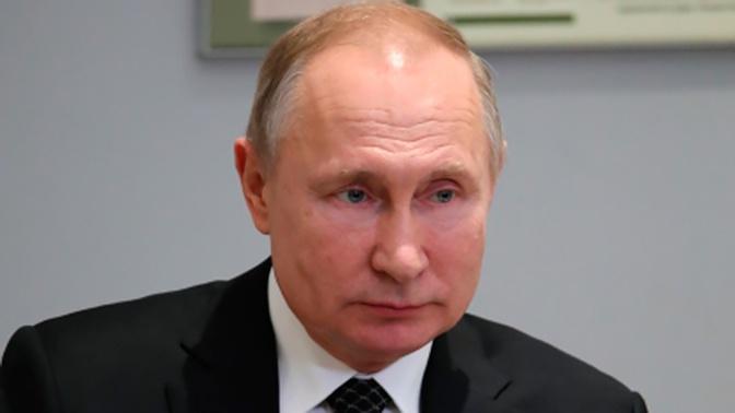 «Лучше к этому не возвращаться»: Путин ответил на вопрос о бессрочном пребывании президента у власти