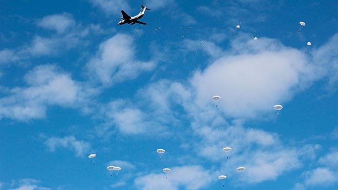 Российские десантники совершили более 150 тыс. прыжков с парашютом за год