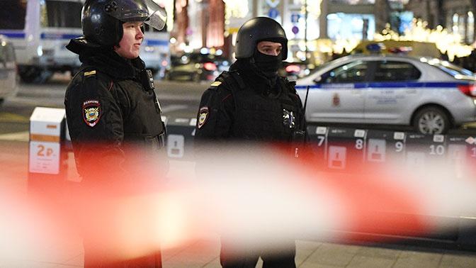 Двух человек ранили во время стрельбы в гостинице в Москве