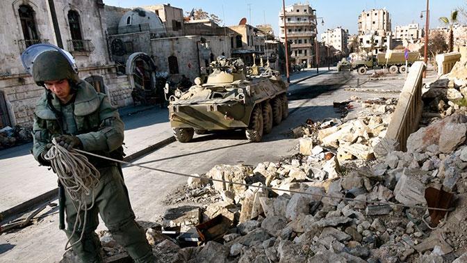 Разминирование, гумпомощь и строительство: как РФ помогает восстановить мирную жизнь в Сирии