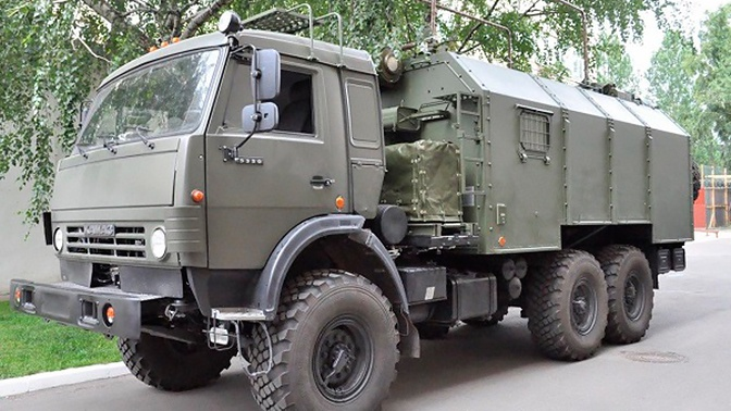 ВС РФ приняли на снабжение новую командно-штабную машину МТ-67М