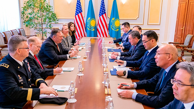 Помпео заявил о поддержке Казахстана в свободном выборе деловых партнеров