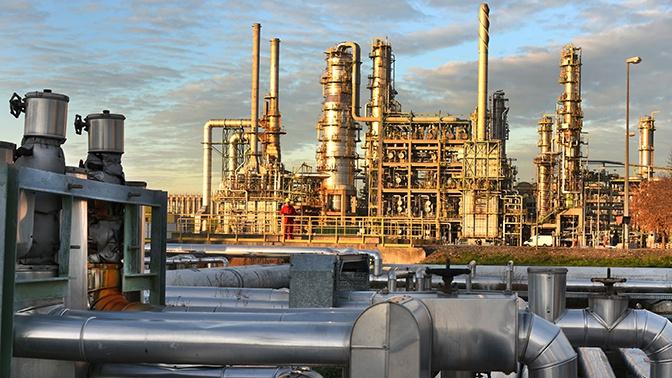 Российская Федерация  увеличила экспорт нефти благодаря санкциям США