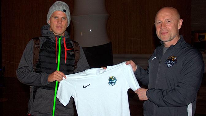 Кокорин официально стал футболистом «Сочи»