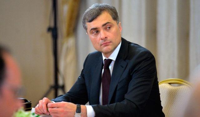Песков рассказал об обстоятельствах отставки Суркова