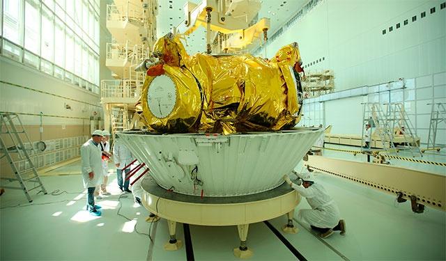 «Роскосмос» собирается строить все спутники на универсальных платформах