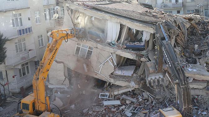Число пострадавших при землетрясении в Турции возросло до 37