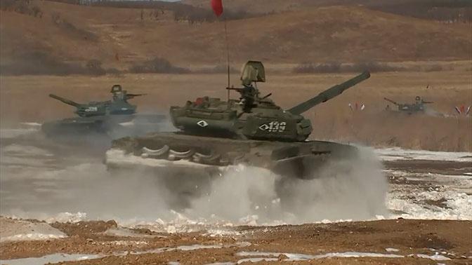 Подготовка к АрМИ: в Приморье танкисты начали борьбу за участие в «Танковом биатлоне»