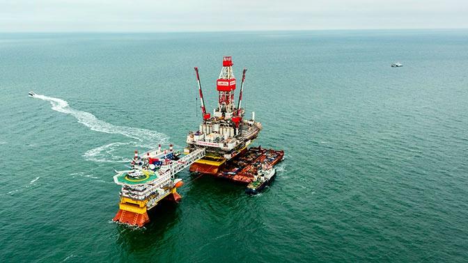 США и Великобритания резко увеличили закупку российской нефти