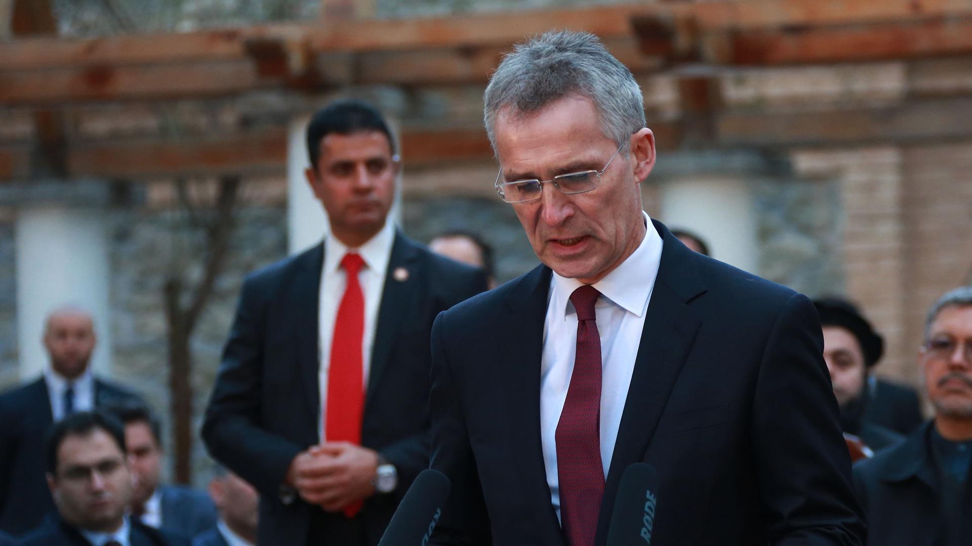 ЕС: не НАТО печалится