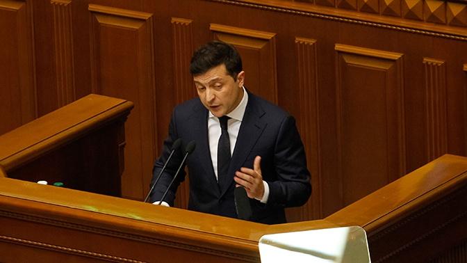 Зеленский объявил о закрытии границ Украины для ее граждан