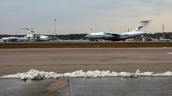 Еще один Ил-76 с гумпомощью вылетел в Сербию с аэродрома Чкаловский