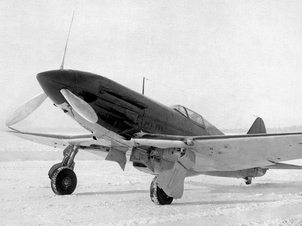 Серийный истребитель МиГ-3, выпущенный авиазаводом №1
