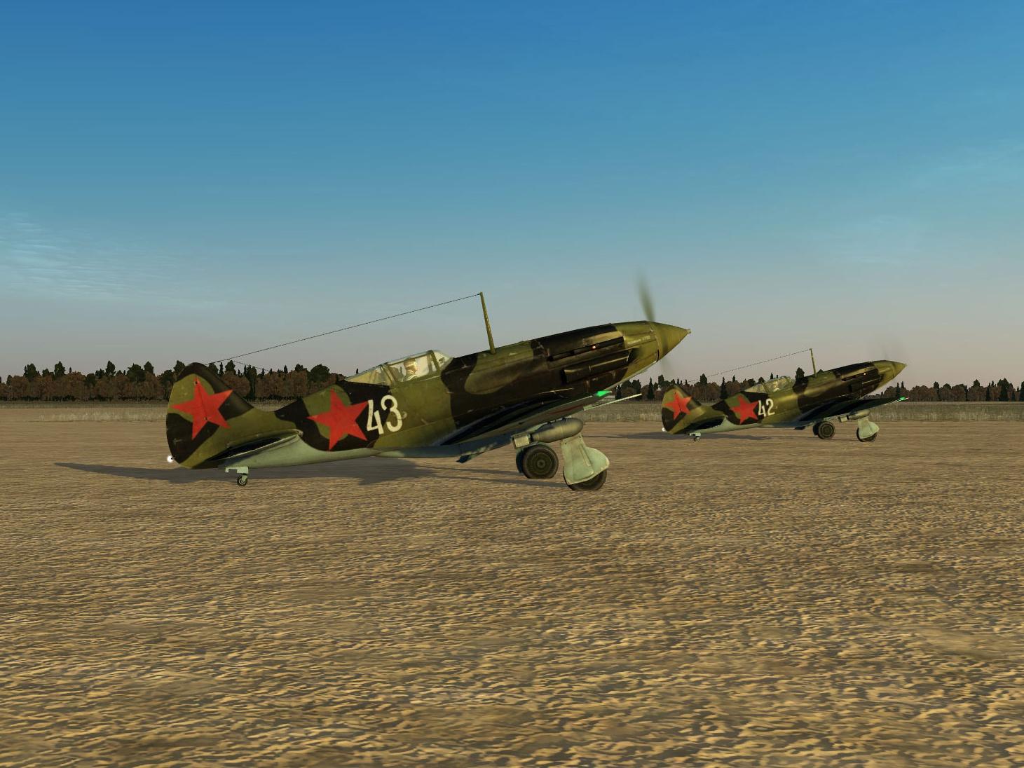 Скриншоты из российской компьютерной игры «Ил-2 Штурмовик». Данные варианты текстур, воссоздающие исторические окраски самолётов, выполнены Максимом Брянским
