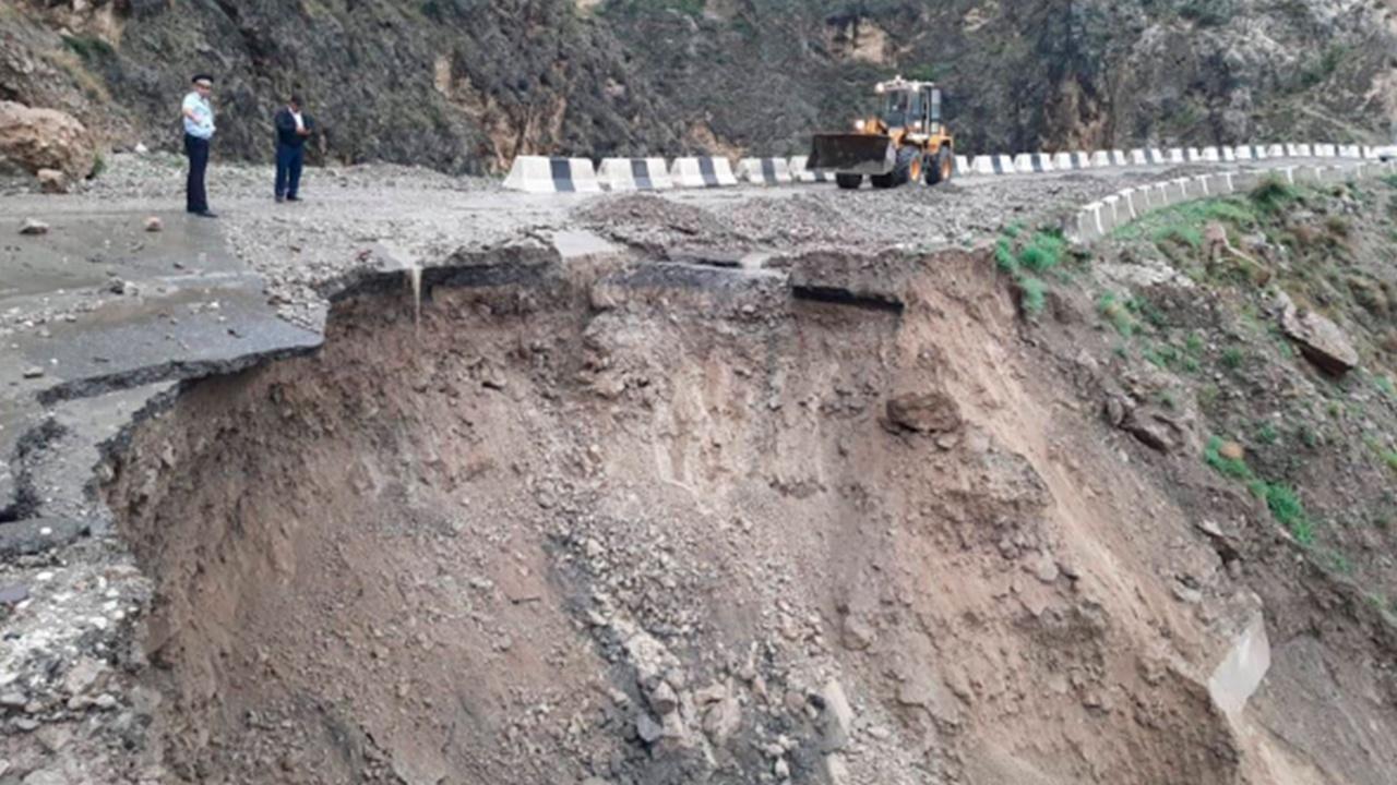 Непогода в Дагестане разрушила дороги и оставила людей без электричества