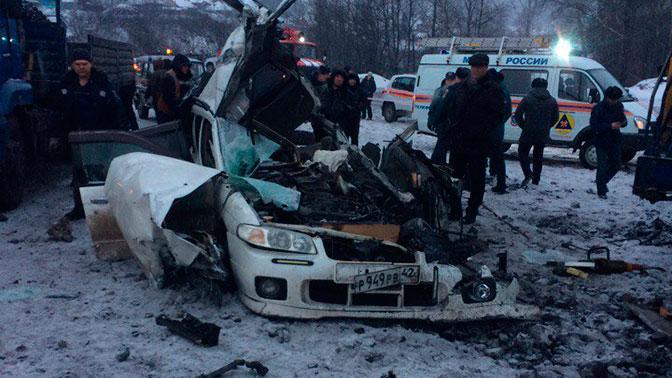 ВНовокузнецке столкнулись БелАЗ и иностранная машина: есть жертвы