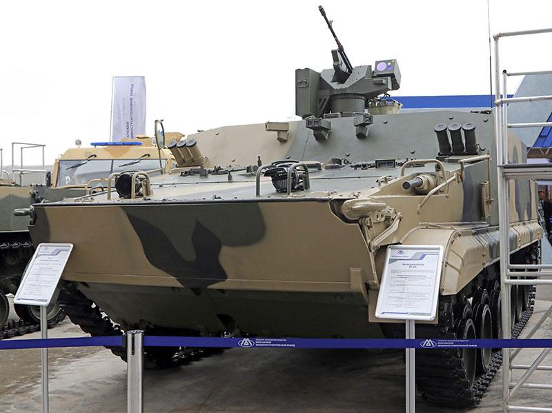 РФ начала испытывать самый новый бронетранспортер БТ-3Ф